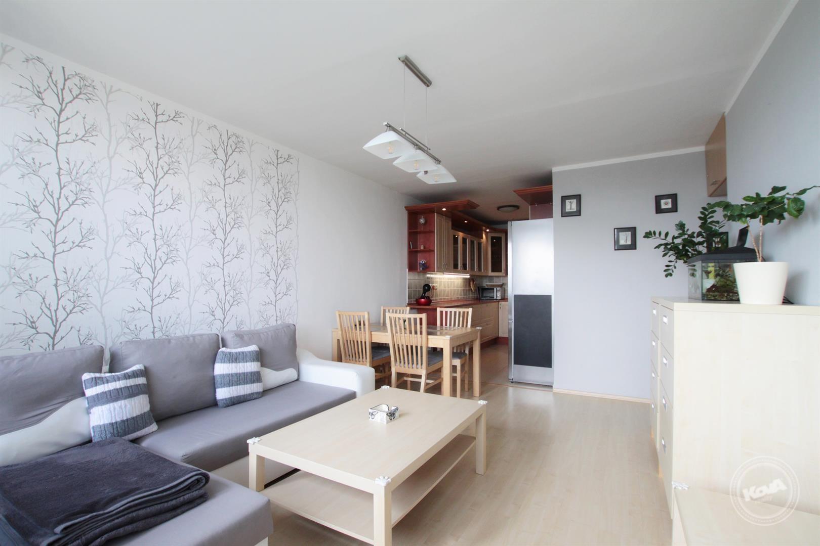 Praha 11 - Chodov, prodej vybaveného bytu 3+kk , 68 m2 s lodžií a sklepem
