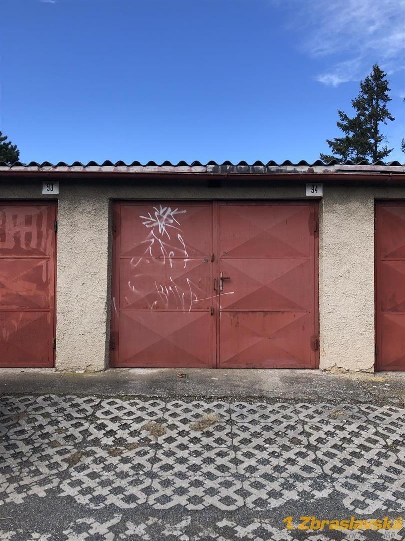 Zbraslav, ul. Nad Parkem - Prodej garáže 22 m2, Praha 5
