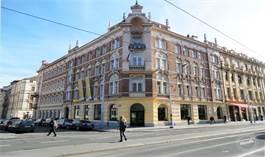 Praha 5 - Smíchov - pronájem atraktivních kancelářských prostor v těsné blízkosti Malé Strany.