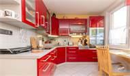 Prodej bytu 3+1 v Karlových Varech, Drahovicích s výhledem do zeleně