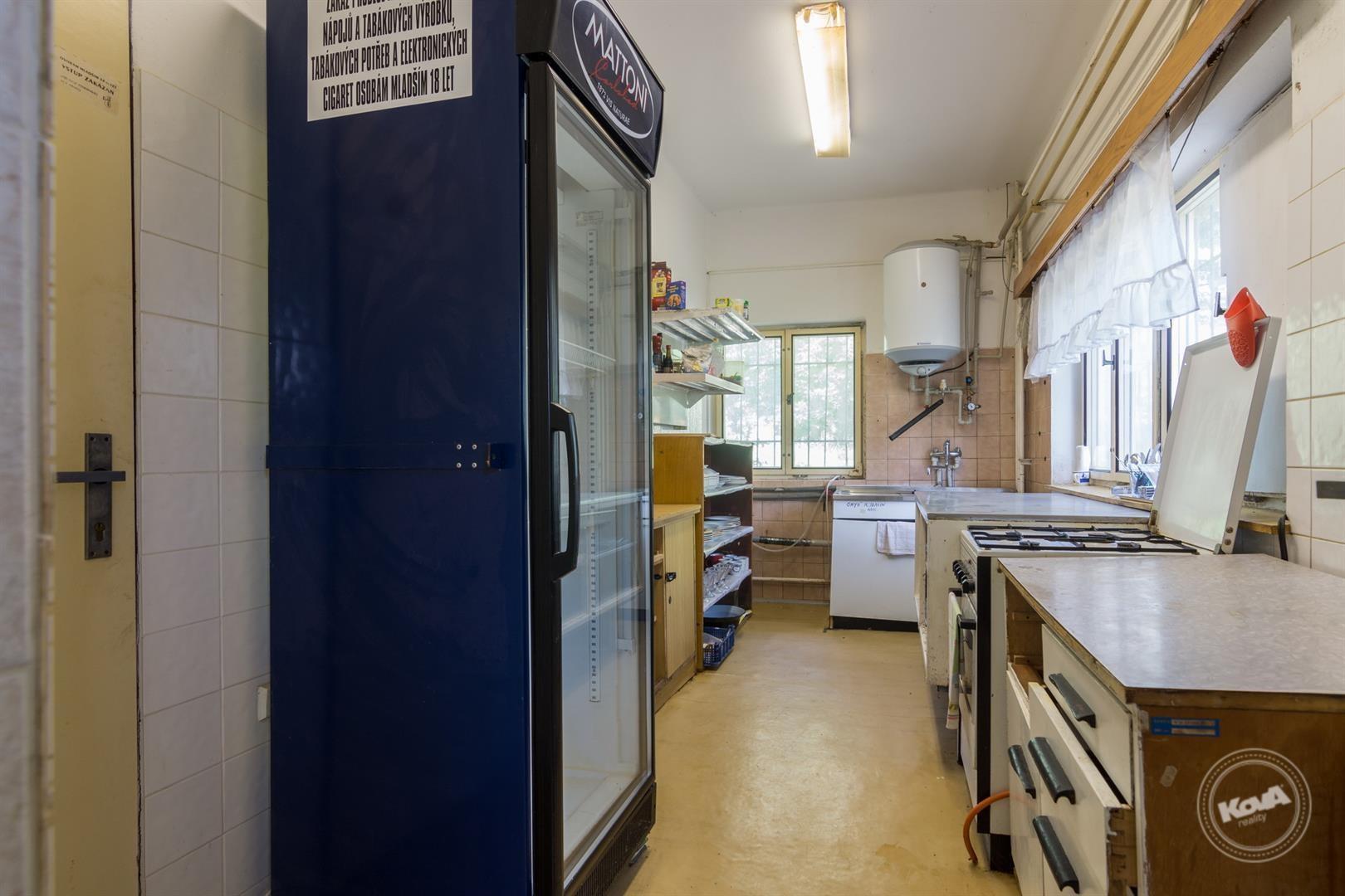 Kuchyně v přízemí objek